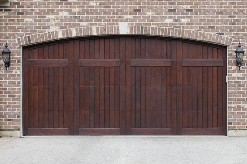 Model: 2510N. 2 Segment, V-Groove Face, Western Red Cedar, Arched Top